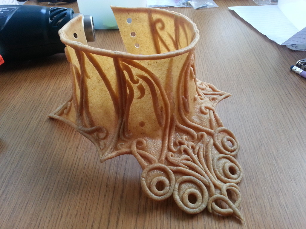 Fractured Forums • View topic - Worbla Thermoplastic