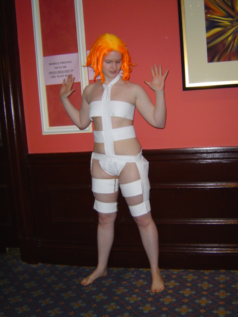 Fifth element leeloo dallas fucks herself in the ass 10