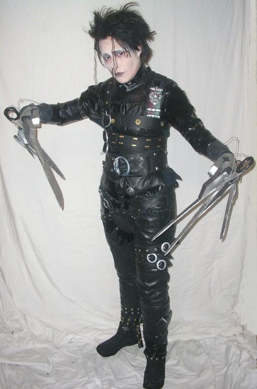 how to make edward scissorhands costume