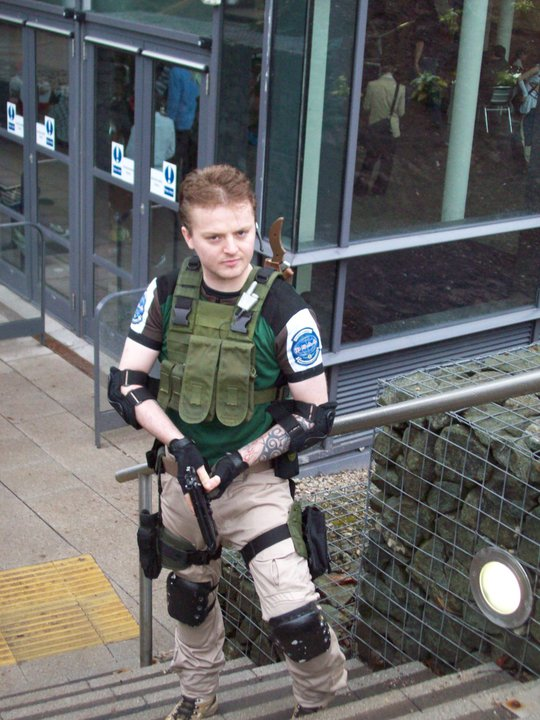 Cosplay Island View Costume Lycaneyes Chris Redfield Bsaa