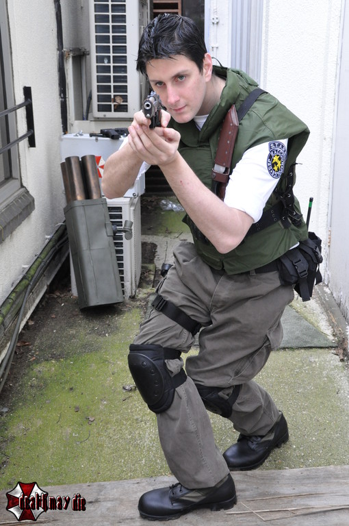 Cosplay Island View Costume Leadmill Chris Redfield