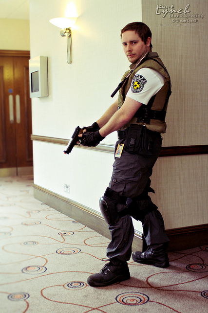Cosplay Island View Costume Kungfurob Chris Redfield